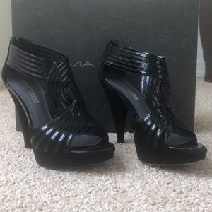 Black Platform Via Spiga Heels (6.5)